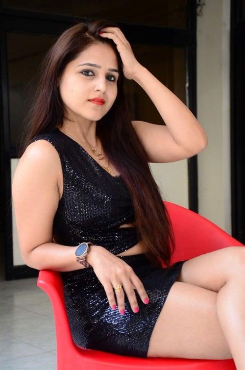 Ekanthavela Telugu Movie Download