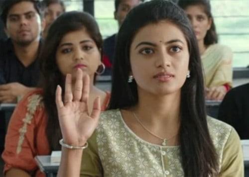 Kamali From Nadukkaveri Movie